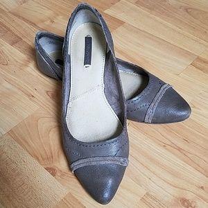 Frye Riley Artisan Pointy Ballet Flat 7.5